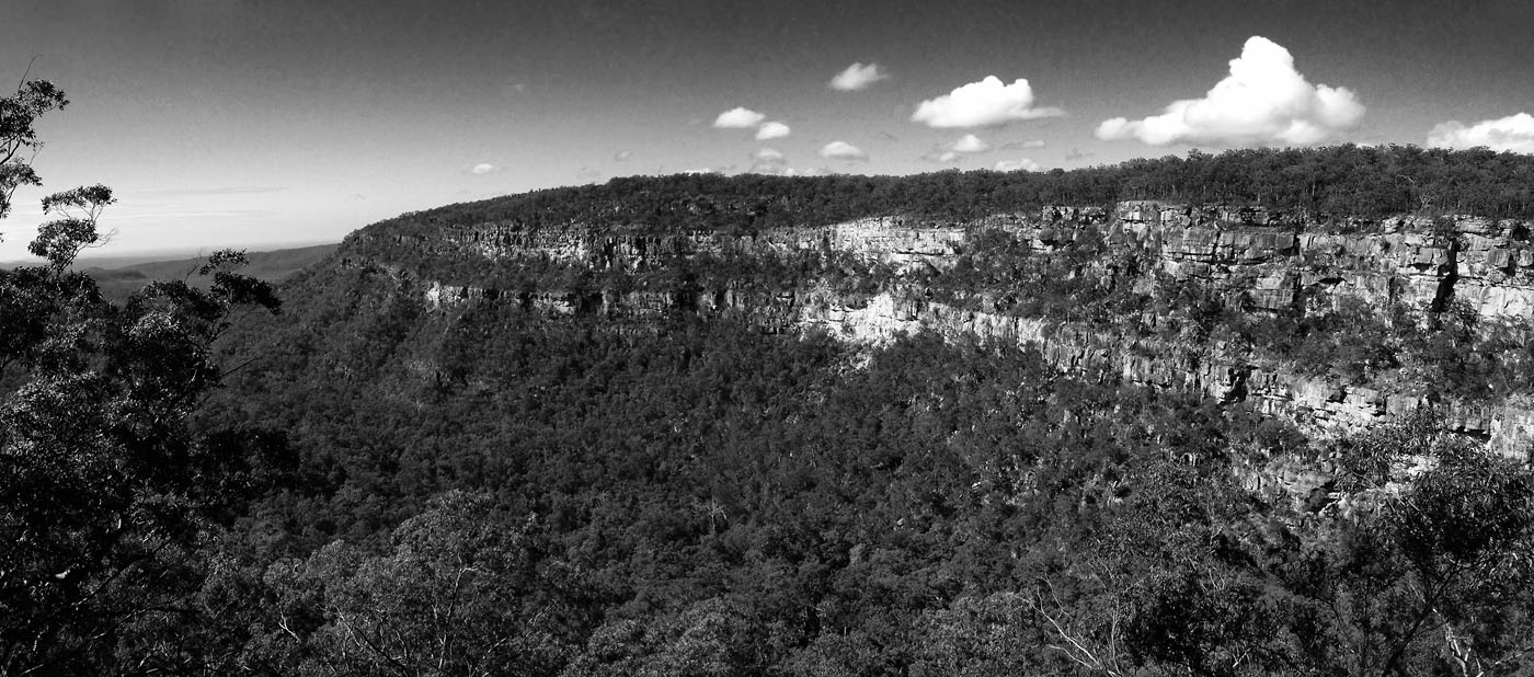 Mock Mock lookout Blackdown Tableland NP B&W